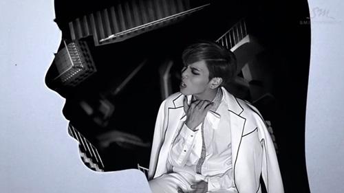 """""""Cuộc chiến"""" solo Kpop đầu năm 2015 - 1"""