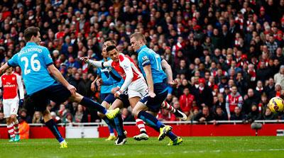 TRỰC TIẾP Arsenal - Stoke: Pháo thủ thăng hoa (KT) - 6