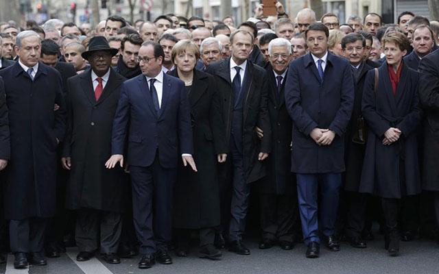 Lãnh đạo các nước hòa chung biển người tuần hành ở Pháp - 4
