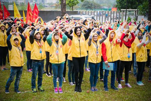 """Nguyễn Thị Loan """"đội"""" mưa rét đi kêu gọi hiến máu - 9"""