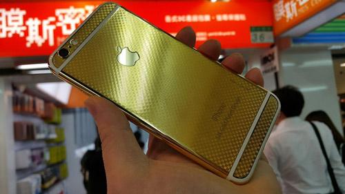 iPhone 6 và 6 Plus mạ vàng 24K ra mắt - 1