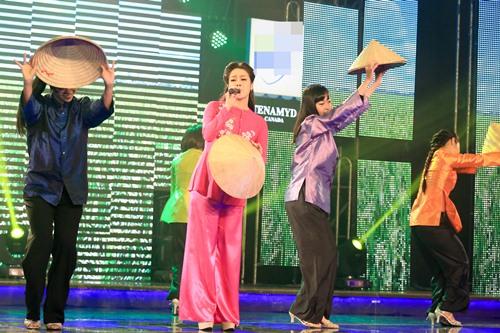 Nhật Kim Anh duyên dáng áo bà ba hát về quê chồng - 1