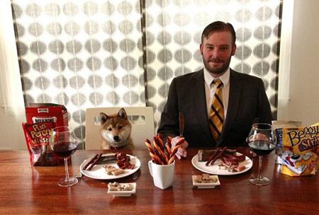 """Nghề """"quái chiêu"""": Nếm thức ăn…của chó - 1"""