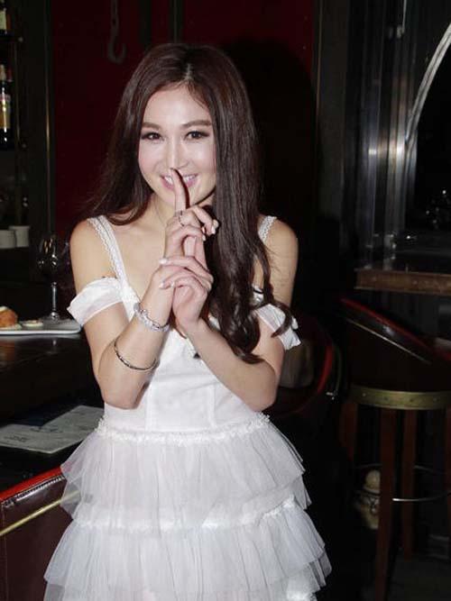 5 mỹ nữ U50 Trung Quốc mơn mởn như thiếu nữ 18 - 4