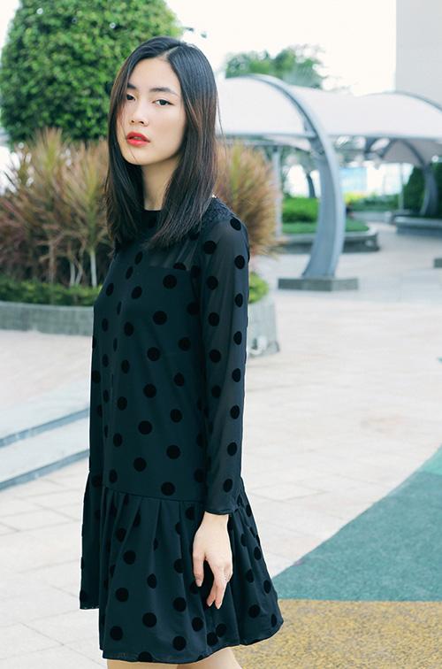 Hot girl Helly Tống xinh đẹp với thời trang du xuân - 1