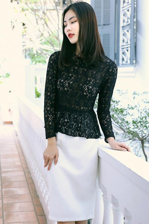 Hot girl Helly Tống xinh đẹp với thời trang du xuân - 4