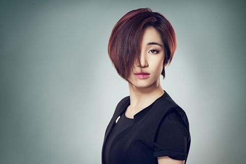 """Chân dung Hòa Minzy - """"bạn gái"""" 9x của Công Phượng - 12"""