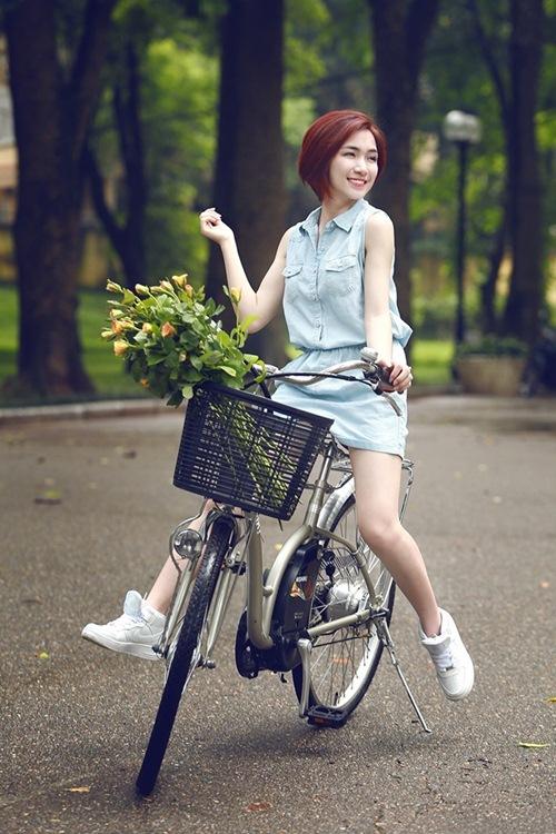 """Chân dung Hòa Minzy - """"bạn gái"""" 9x của Công Phượng - 16"""