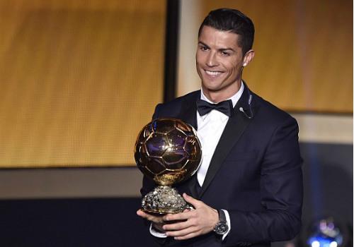 Giành QBV, CR7 mơ được là đồng đội với Messi & Neuer - 1