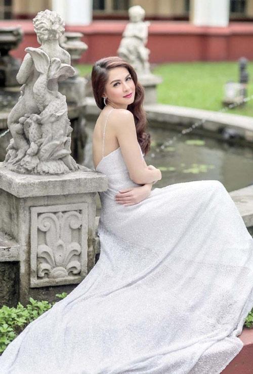 Đằng sau nhan sắc của mỹ nhân đẹp nhất Philippines - 1