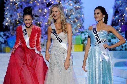 Vẫn giành vương miện Hoa hậu Hoàn vũ dù chỉ cao 1m62 - 7