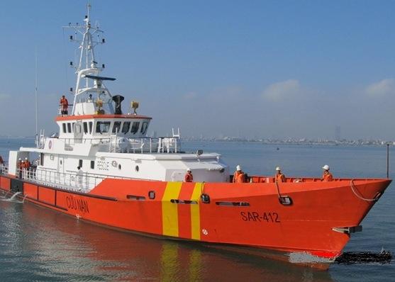 Cứu ngư dân bị nôn ra máu trên biển Hoàng Sa - 1