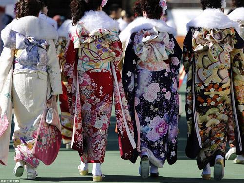 Hàng nghìn thiếu nữ Nhật xinh đẹp trong lễ Trưởng thành - 3