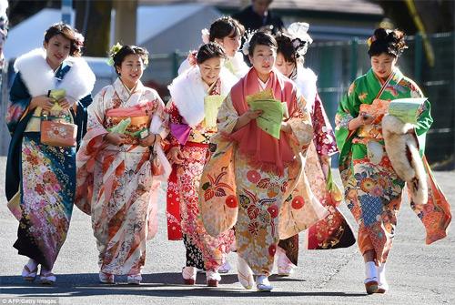 Hàng nghìn thiếu nữ Nhật xinh đẹp trong lễ Trưởng thành