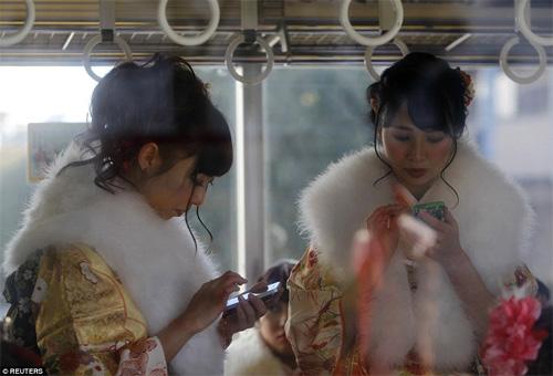 Hàng nghìn thiếu nữ Nhật xinh đẹp trong lễ Trưởng thành - 10