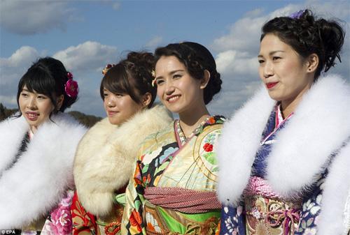 Hàng nghìn thiếu nữ Nhật xinh đẹp trong lễ Trưởng thành - 11