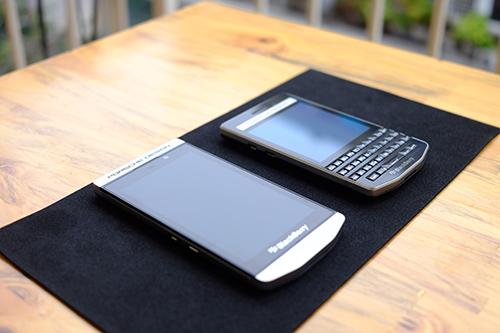 BlackBerry chính thức tung dòng smartphone cao cấp P'9982 - 9