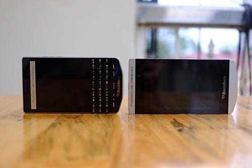 BlackBerry chính thức tung dòng smartphone cao cấp P'9982 - 8
