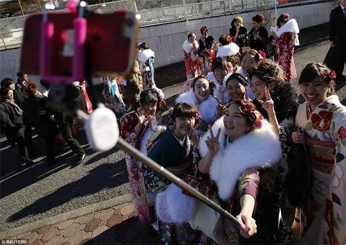 Hàng nghìn thiếu nữ Nhật xinh đẹp trong lễ Trưởng thành - 9