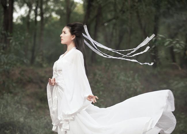 """Và hình ảnh xinh đẹp của  """" Tiểu Long Nữ """"  phiên bản Việt"""