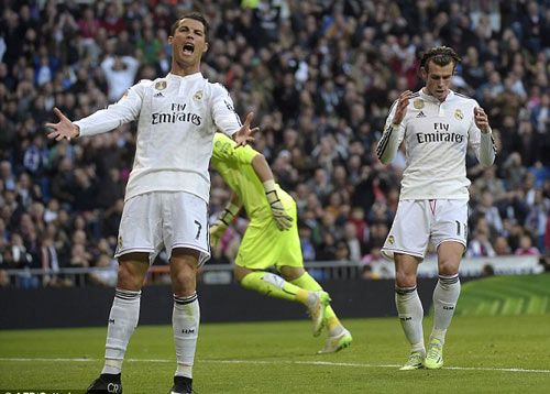 "Tin HOT tối 13/1: Ronaldo ""bênh"" Bale. - 1"