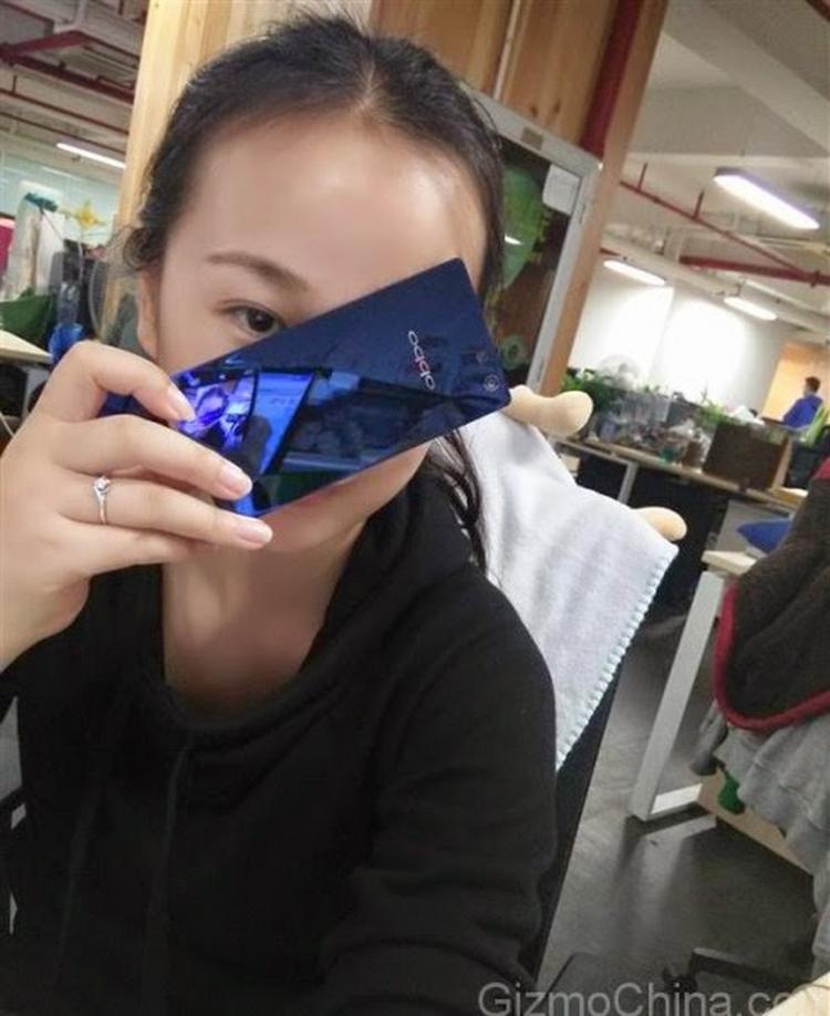 Oppo R1C mặt sapphire xanh huyền bí lên kệ - 5