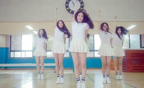 """Hàng loạt nhóm nhạc nữ """"ngây thơ"""" đổ bộ Kpop 2015 - 6"""