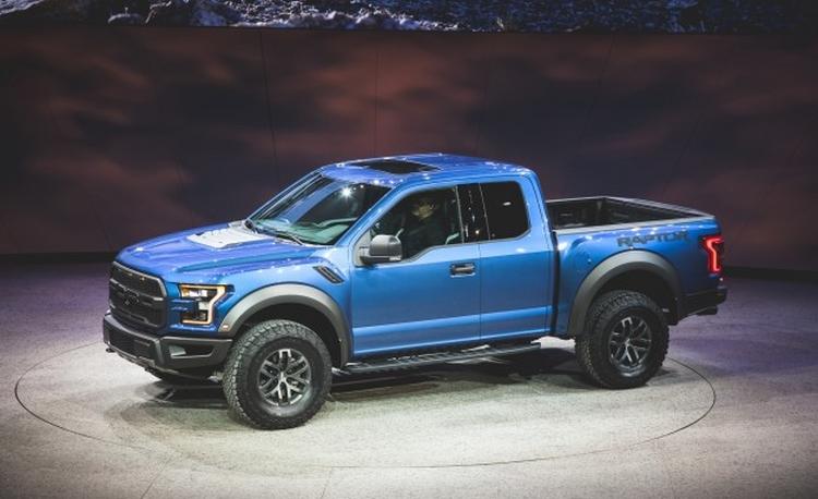 Lộ diện loạt siêu xe khủng tại triển lãm Detroit 2015 - 7