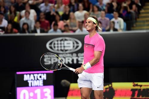 """Nadal """"tự sướng"""" khi đánh tennis siêu tốc - 1"""