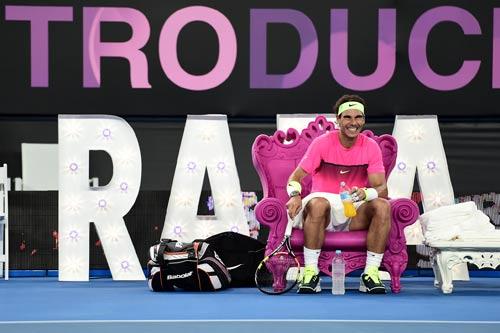 """Nadal """"tự sướng"""" khi đánh tennis siêu tốc - 5"""