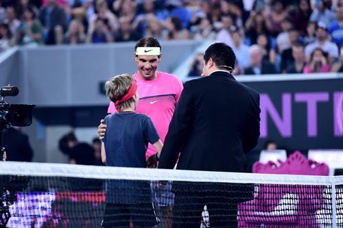 """Nadal """"tự sướng"""" khi đánh tennis siêu tốc - 4"""