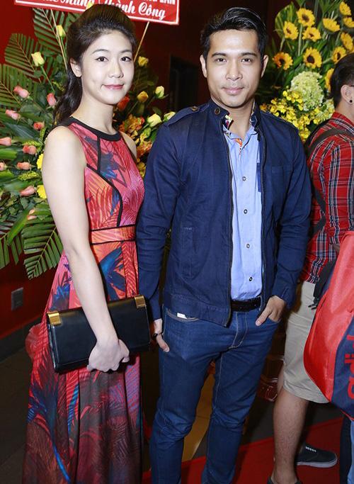 Trương Thế Vinh cùng bạn gái phi công dự ra mắt phim - 1