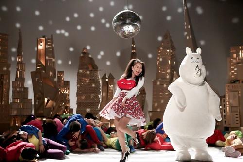 Thu Minh tung MV ca khúc về say xỉn từng gây tranh cãi - 1