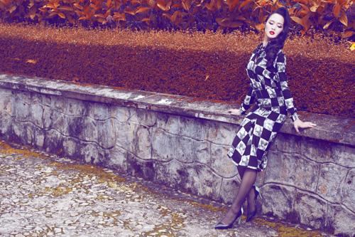 Ngọc Anh khéo khoe đường cong với quần áo mùa đông - 4