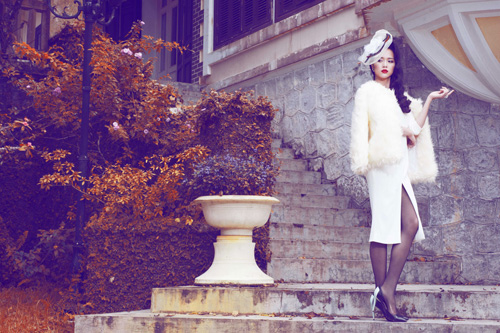 Ngọc Anh khéo khoe đường cong với quần áo mùa đông - 3