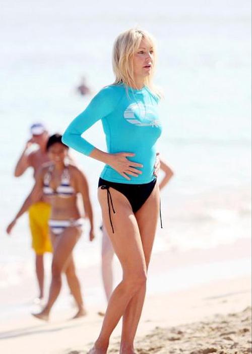 7 mỹ nhân U60 mặc bikini khiến thiếu nữ phải ghen tị - 6