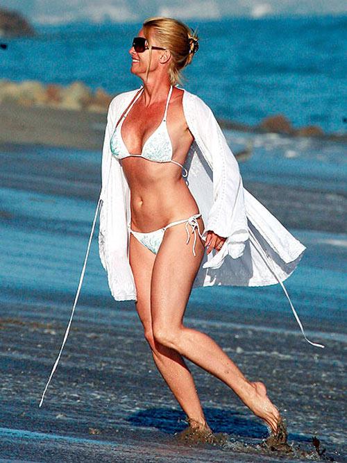 7 mỹ nhân U60 mặc bikini khiến thiếu nữ phải ghen tị - 16