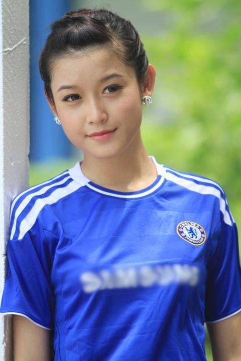 FC Chelsea thế giới bất ngờ đăng ảnh Á Hậu Huyền My - 4