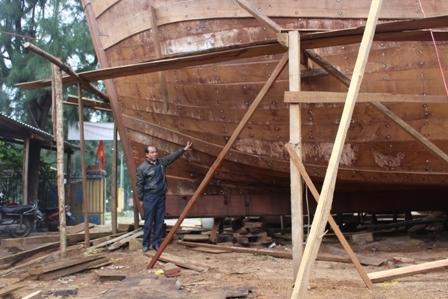 """Ngắm """"tàu 67"""" vỏ gỗ đầu tiên của ngư dân TT-Huế - 4"""