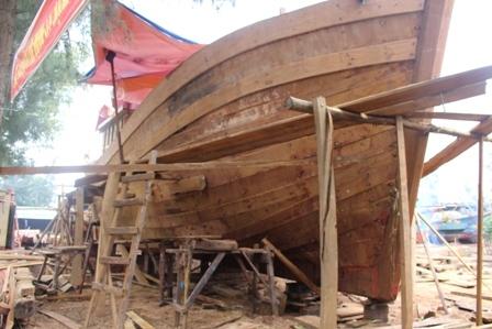 """Ngắm """"tàu 67"""" vỏ gỗ đầu tiên của ngư dân TT-Huế - 5"""