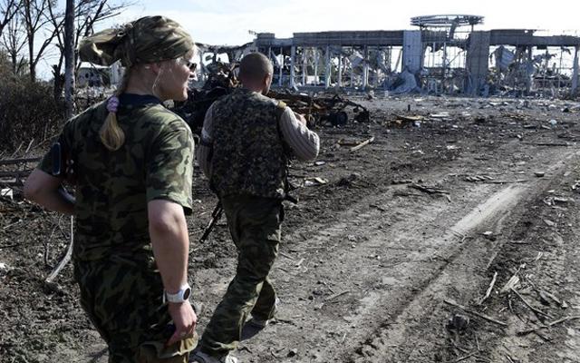 Đông Ukraine bên bờ vực chiến tranh - 1