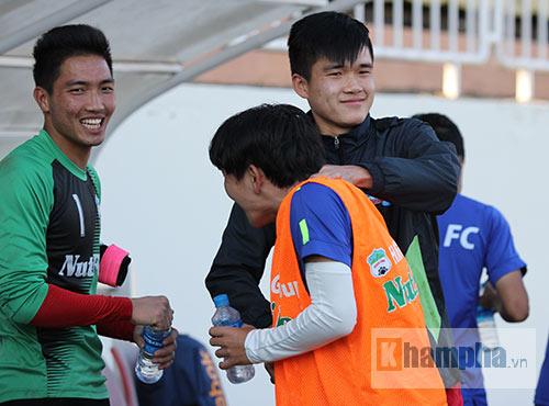 """Cầu thủ HAGL """"choáng"""" với dàn ngoại binh Thanh Hoá - 9"""