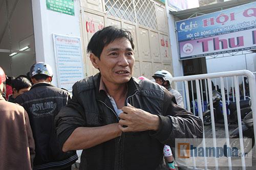 Chen lấn, dẫm đạp mua vé xem Công Phượng, Tuấn Anh - 10