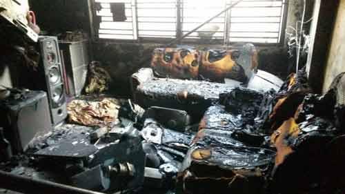 Hải Phòng: 5 người mắc kẹt trong ngôi nhà cháy lớn - 5