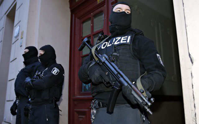 Đức bắt giữ 2 nghi phạm chuyên tuyển tân binh cho IS - 1