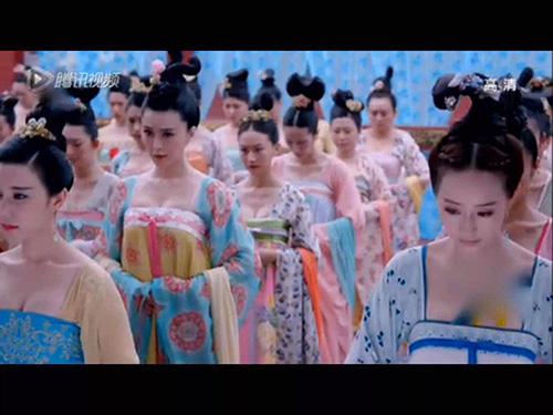 """Fan hả hê vì cuối cùng Võ Tắc Thiên... """"đã ác"""" - 7"""