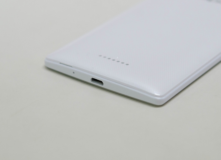 Trên tay smartphone tầm trung Mirror 3 - 12