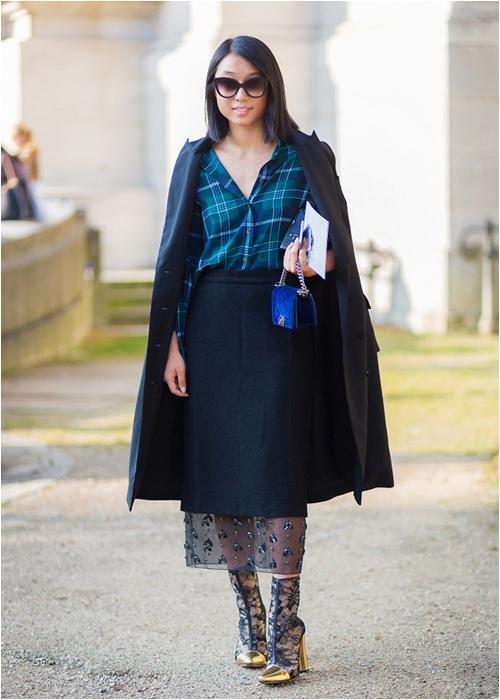 Diện váy midi cho mùa đông thêm quyến rũ - 3