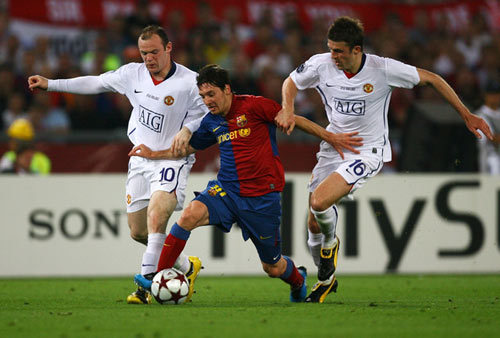 """""""Nhà tài trợ vàng"""" muốn giúp MU chiêu mộ Messi - 2"""