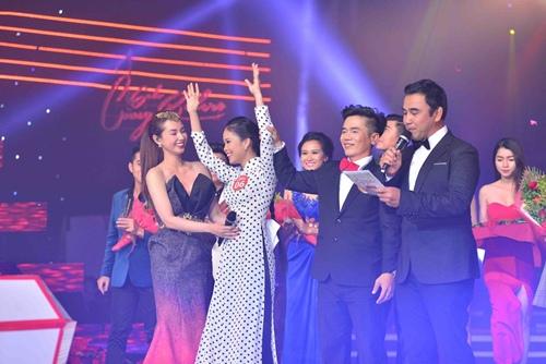 Cô gái Bạc Liêu giành giải thưởng 200 triệu đồng - 9